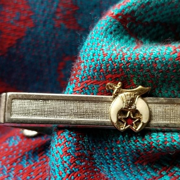 492e582a4799 Vintage Freemason tie clip Swank gold tone masonic.  M_5c30dc642beb7955ce13d09b
